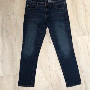 NWOT Gap Girlfriend Midrise Jeans